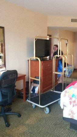 Drury Plaza Hotel Nashville Franklin: 20160722_134816_large.jpg