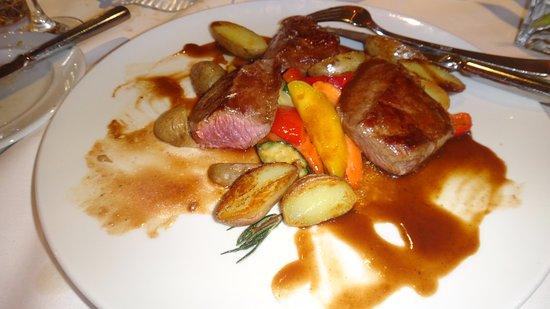 Kloten, Suiza: una de nuestras equisitas cenas en el allegra