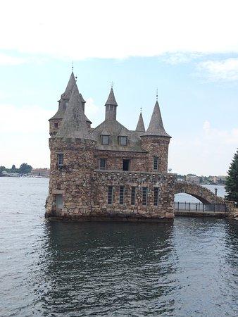Boldt Castle and Yacht House: photo2.jpg