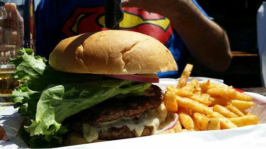 Kemah, TX: Crawfish and Burger