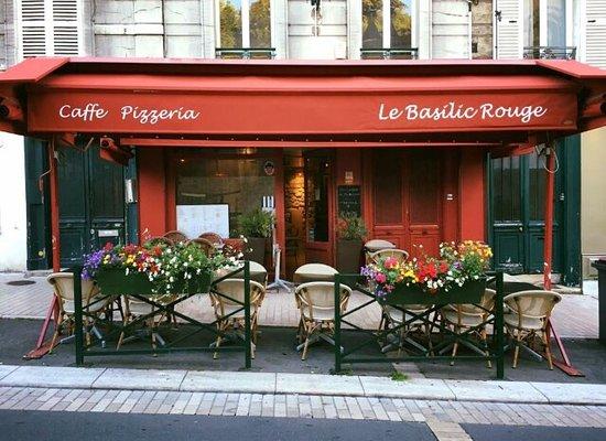 Bougival, France: Le Basilic Rouge