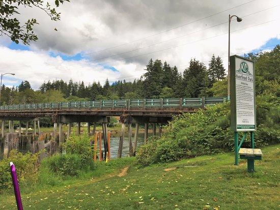 Kurt Cobain Memorial Park: Riverfront Park