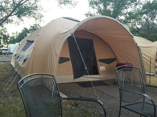 Kleine Amerikaanse camping bij Red Rock en Bryce