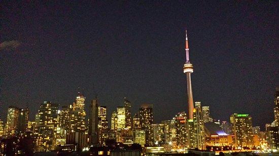 Thompson Toronto - A Thompson Hotel: 20160725_213802_LLS_large.jpg
