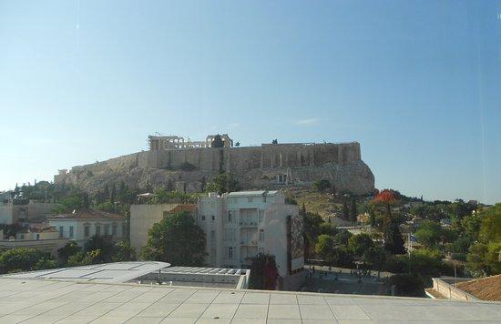Voula, Griechenland: Widok Akropolu z okien Muzeum