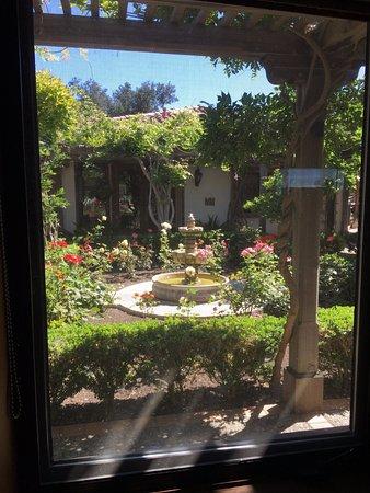 Arroyo Grande, CA: Rose garden view from Sarchi
