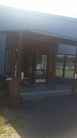 Finlandia occidentale, Finlandia: Restaurant terrace and entry