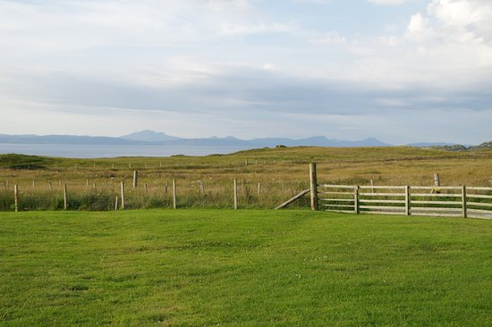 Isle of Colonsay, UK: View of Mull from front of Creag nan Ubhal