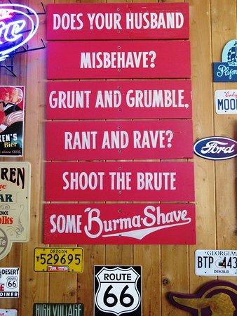 Monrovia, كاليفورنيا: Glad my wife doesn't own a gun!!! Jake's Monrovia (25/Jul/16).