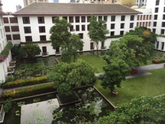 The Sukhothai Bangkok: lovely garden courtyard