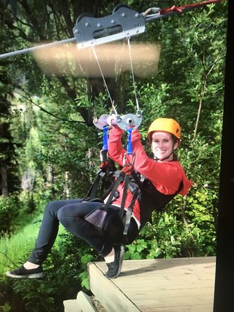 Whitefish Mountain Resort: 7 zip line tour