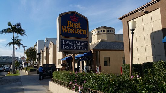 Front of Best Western Royal Palace Inn & Suites