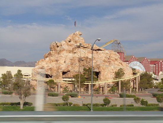 Primm, NV: Roller Coaster and log ride