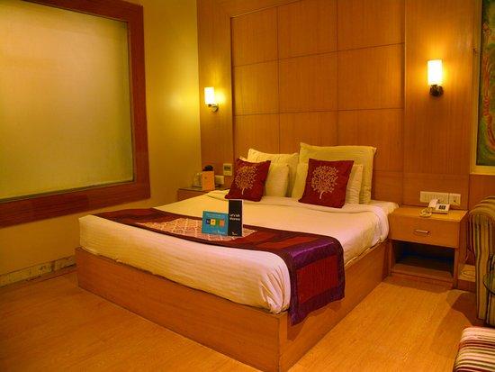 FabHotel Bani Park: Bedroom