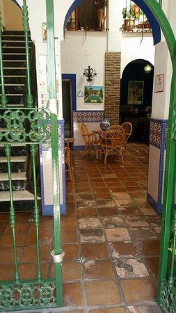 Hostal San Juan: Snapchat-2802630600934276525_large.jpg