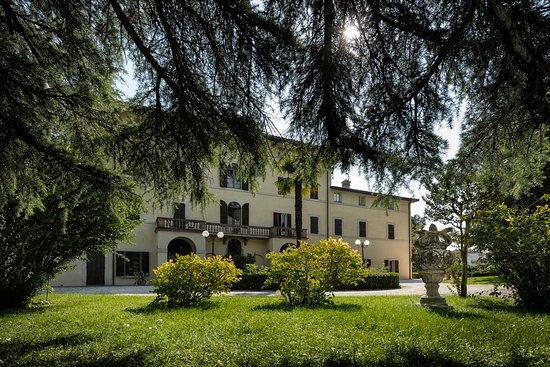 San Martino in Campo, Italia: Facciata