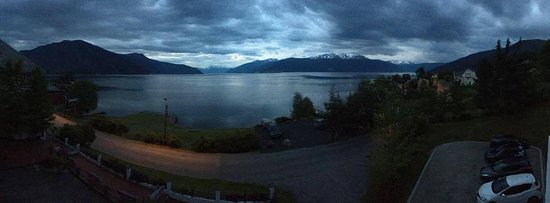 Balestrand, Norge: View from the room balcony at 0300hrs