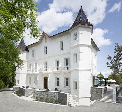 Autignac, فرنسا: Entrée du château 