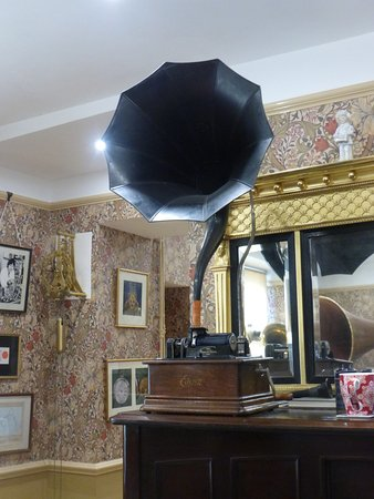Northleach, UK: Edison's cylinder gramophone, with a stylish tin horn
