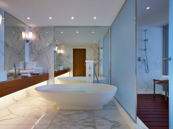 The Westin Athens Astir Palace Beach Resort: The Westin Athens Bathroom