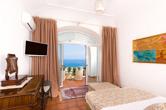 La Casa di Peppe Guest House & Villa