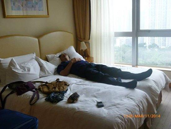 Harbour Plaza Resort City Hong Kong: kecapean sampai hotel langsung bobo