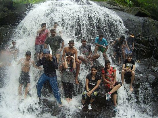 Vasai, India: Chinchoti Water Fall