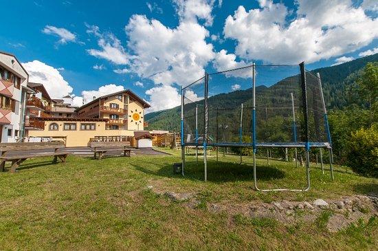 Giardino Hotel Val di Sole
