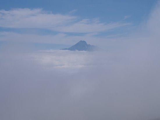 Rebun-cho, Japón: キンバイの谷から見た利尻富士