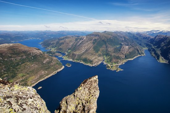Bremanger Municipality, Noruega: View to the east