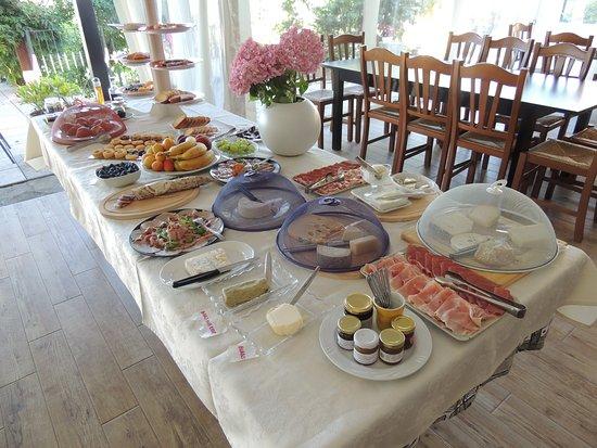 Bossolasco, Italia: colazione