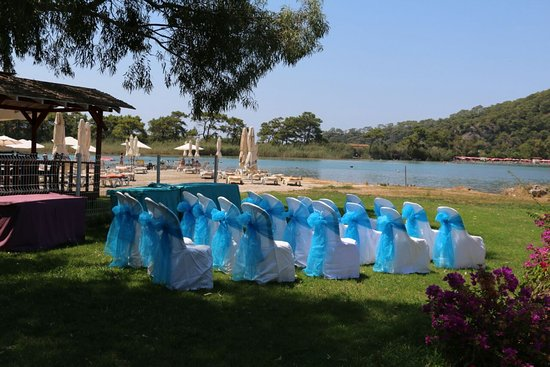 The Sugar Beach Club: Sugar Beach Weddings