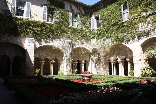 Saint-Remy-de-Provence, Frankrike: Claustro