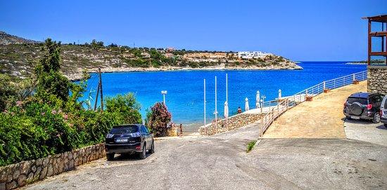 Akrotiri, Grekland: Loutraki beach