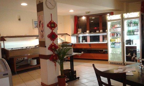 buffet et salle photo de newshanghai avignon tripadvisor. Black Bedroom Furniture Sets. Home Design Ideas