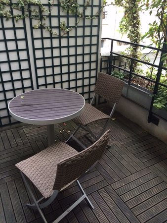 Le Relais Madeleine: Our private terrace