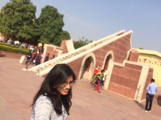 Джантар-Мантар - Джайпур: Kavita at Jantar Mantar