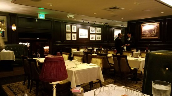 Hy's Steak House - Waikiki: 20160726_172400_large.jpg