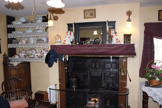 Ironbridge, UK: Inside one of the houses on the site.