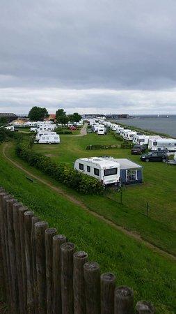 Bogense, Danmark: Flotte solnedgang  og udsigt over campingpladsen