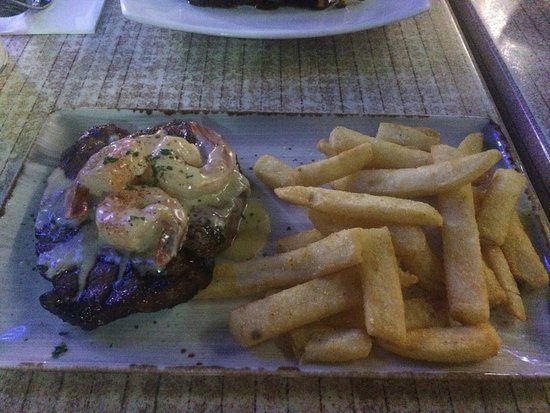 Waterfront Grill: photo0.jpg