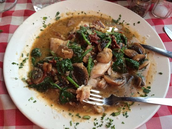 Angleton, TX: snapper with spinach and mushrooms