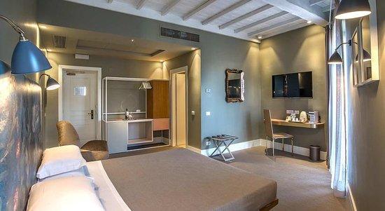 아카데미아 호텔