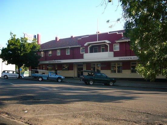 Gundagai, Australia: Front view