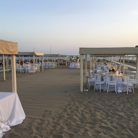Bagno Silvio, Forte Dei Marmi - Restaurant Reviews, Phone Number ...