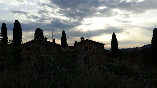 Монтефоллонико, Италия: 20160723_071733_large.jpg