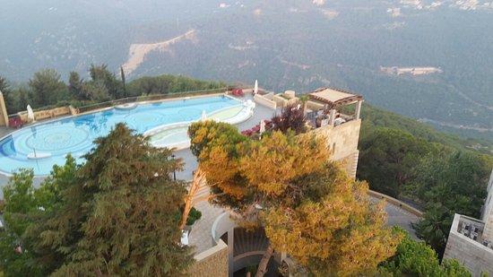 Broummana, Líbano: 20160724_192453_large.jpg