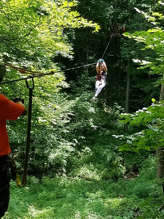 Crawfordsville, IN: Indiana Zipline Tours, Inc.
