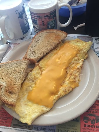 Port Allegany, Пенсильвания: A Pennsylvania style cheese omelette with the cheese on top