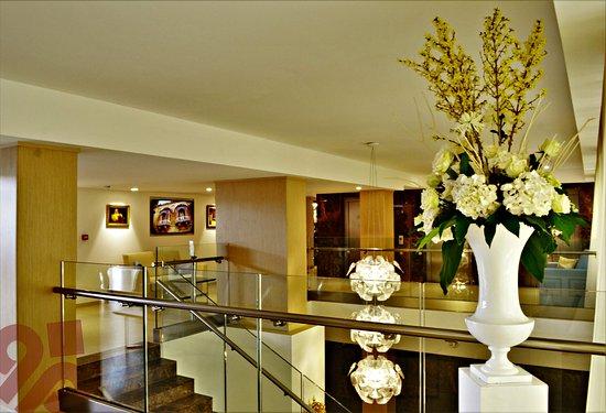 Qawra Palace Hotel - room photo 2354756